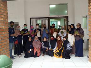 Kunjungan Tim PT Timah Tbk. dan Tinskubator ke Start-Up Ecoplantstic di Laboratorium Fisika, Universitas Bangka Belitung